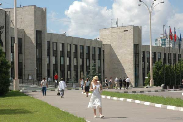 Cooperation agreement signed between MIUC and MGIMO